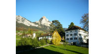 Maihof: Herrenhaus und Trafoturm
