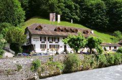Steinbock, Gasthaus