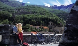 Cyclists at the Castelgrande in Bellinzona, Ticino